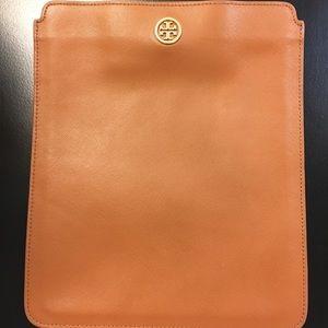 Tory Burch Robinson ipad case sleeve brown leather
